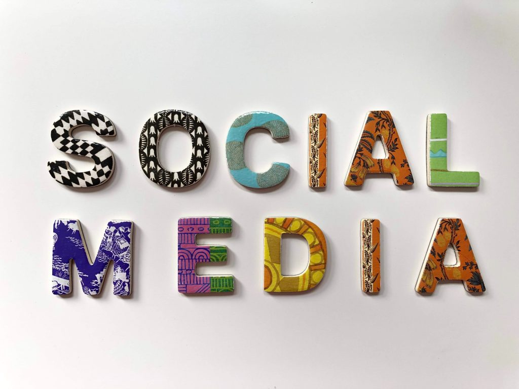 social media blog decoration